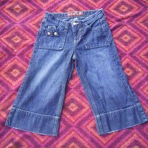 hint Jeans - Hint distressed jean capris